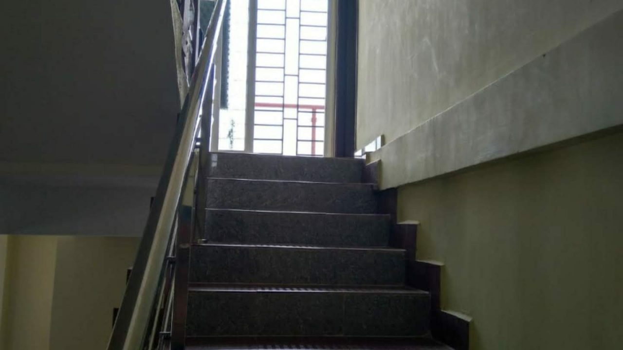 gfrg building stairs